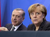 Президент Турции Тайип Эрдоган и Федеральный канцлер Германии Ангела Меркель во время встречи в Берлине