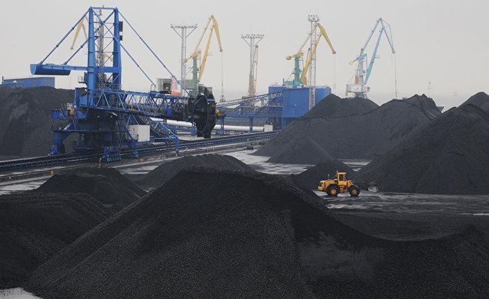 Работа морского торгового порта Усть-Луга