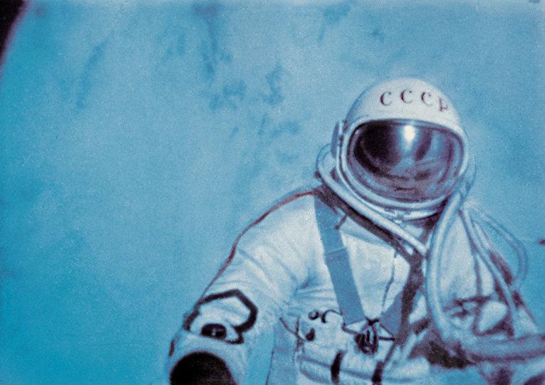 Русские в космосе писали не карандашами