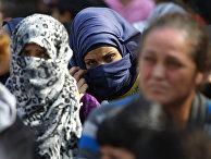 Беженцы в турецком городе Эдирне на границе с Грецией и в 20 км от границы с Болгарией