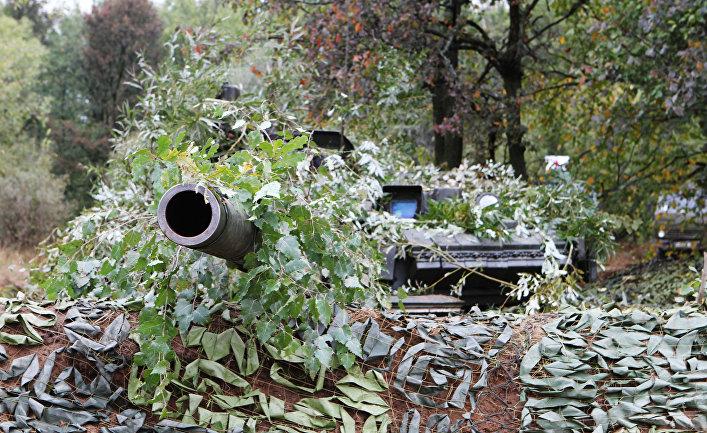 """Танк Т-80 на российско-белорусских учениях """"Щит Союза – 2011"""""""