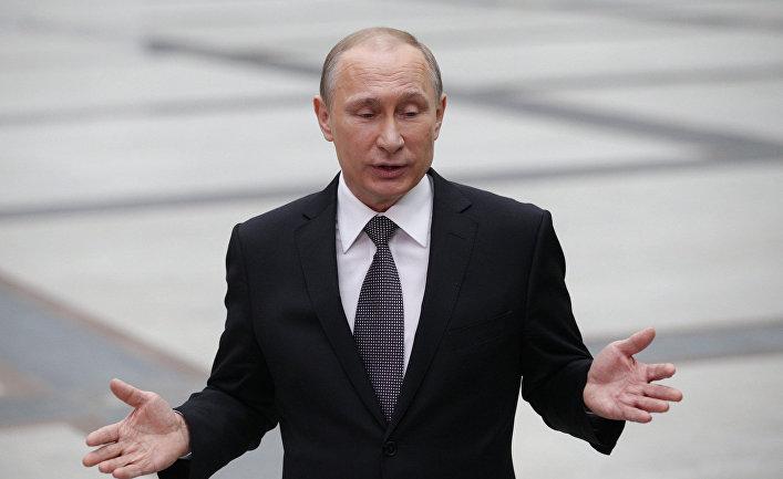 Владимир Путин отвечает на вопросы журналистов после эфира программы «Прямая линия»