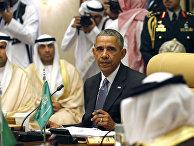 Президент США Барак Обама и король Сальман ибн Абдель-Азиз ас-Сауд во время встречи в Саудовской Аравии