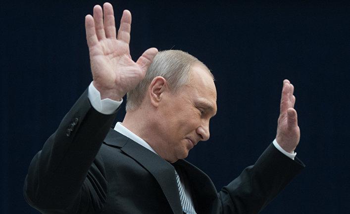 Путин на краю финансовой пропасти: дефицит бюджета не удастся преодолеть до 2020 года