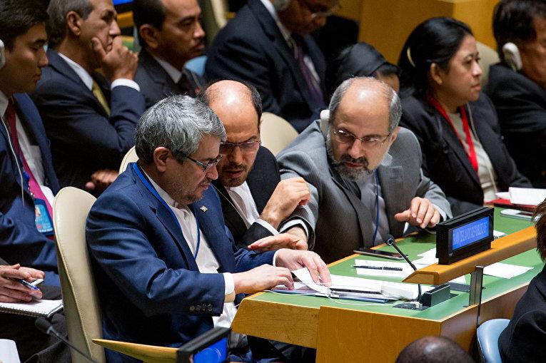 Иранская делегация во время выступления Барака Обамы на 70-й сессии Генеральной ассамблеи ООН