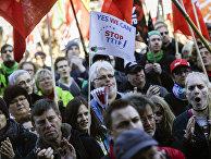 Демонстрация противников Трансатлантического торгового и инвестиционного партнерства (ТТИП) в Берлине