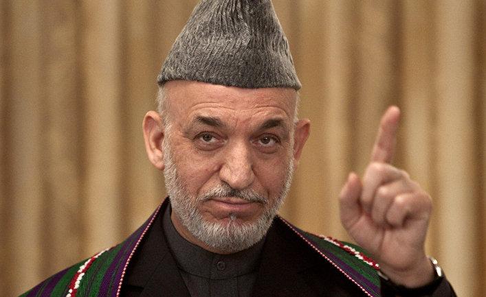 Президент Афганистана Хамид Карзай во время выступления в Кабуле