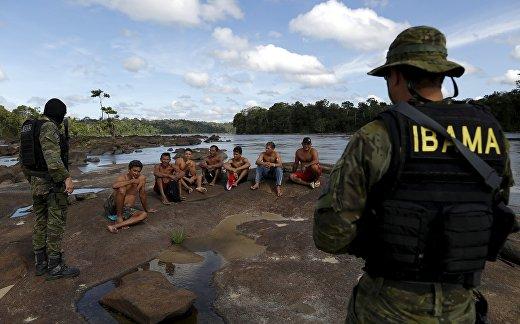 Незаконная добыча золота в Бразилии