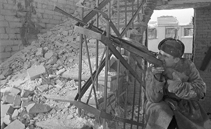 Боец во время Сталинградской битвы