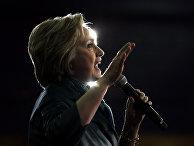 Кандидат в президенты Хиллари Клинтон во время предвыборного выступления в Бриджпорте, США