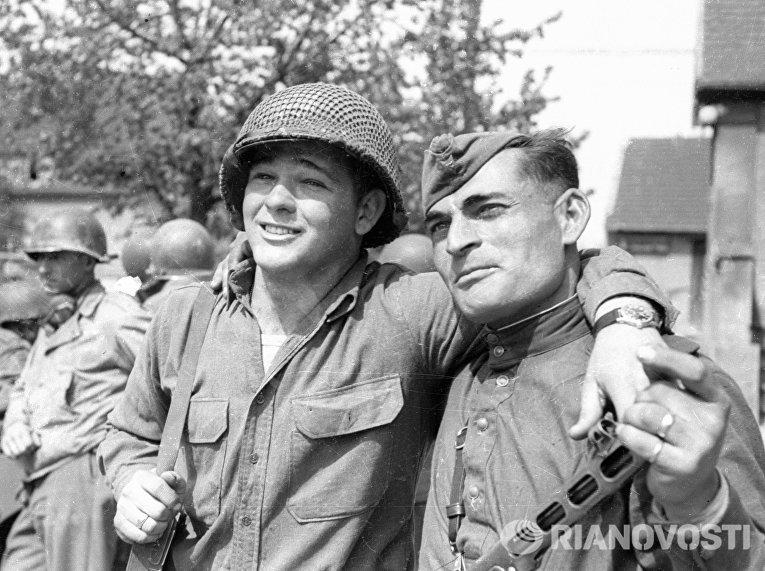 Вспоминая времена, когда американцы и русские сражались...
