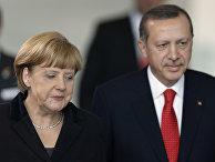 Канцлер Германии Ангела Меркель и премьер-министр Турции Реджеп Тайип Эрдоган на совместной пресс-конференции