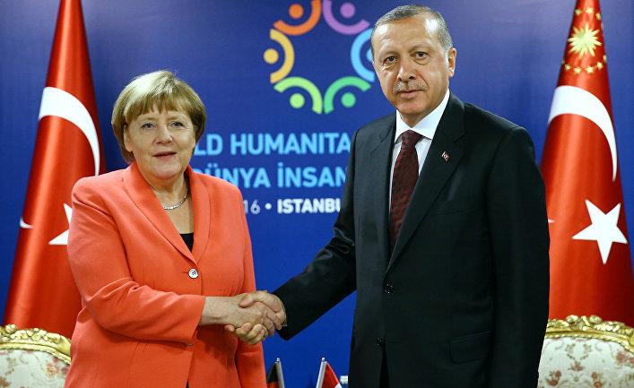 Президент Турции Реджеп Тайип Эрдоган и канцлер Германии Ангела Меркель