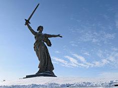 Монумент «Родина-Мать» на Мамаевом кургане в Волгограде