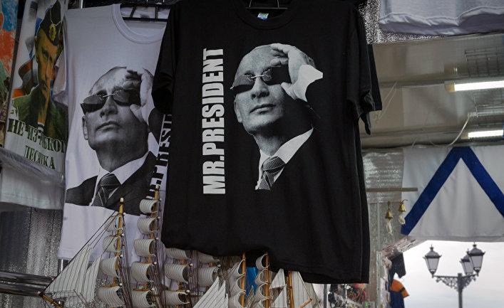 1-ый президент Украины поздравил В. Путина снадеждой набудущее