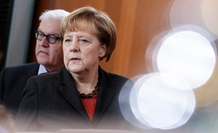 Канцлер ФРГ Ангела Меркель и министр иностранных дел Франк-Вальтер Штайнмайер