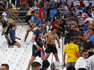 Столкновения фанатов на матче Россия-Англия в Марселе