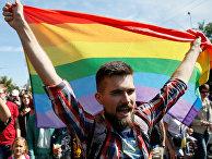 Шествие в защиту прав лесбиянок, геев, бисексуалов и трансгендеров (ЛГБТ) в Киеве