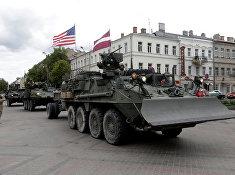 Колонна военной техники США в Даугавпилсе, Латвия