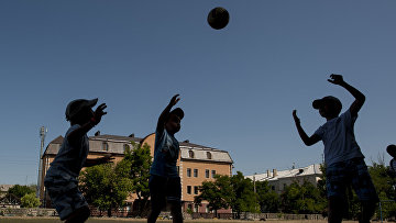 Дети в Северодонецке Луганской области
