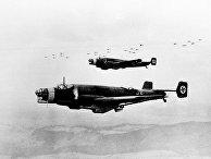 Эскадрильи немецких самолетов во время маневров в апреле 1938 года