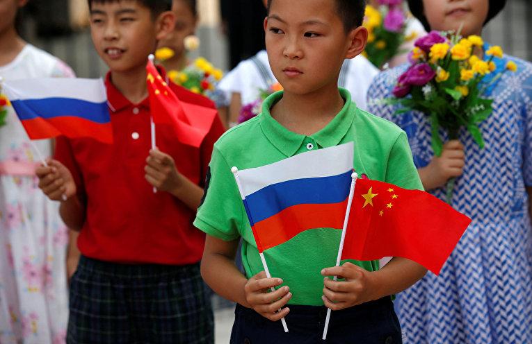 Церемония встречи российского президента Владимира Путина в Пекине