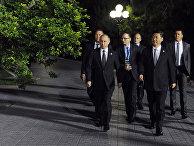 Президент РФ Владимир Путин и председатель КНР Си Цзиньпин во время встречи в Ташкенте