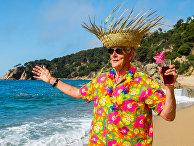 Пожилой человек отдыхает на Гавайских островах