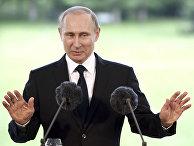 Президент РФ Владимир Путин во время совместной с президентом Финляндской Республики Саули Ниинистё пресс-конференции по итогам встречи в Наантали