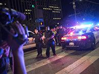 Полицейское оцепление после стрельбы в Далласе