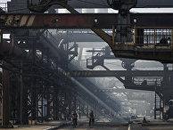 Авдеевский коксохимический завод на востоке Украины
