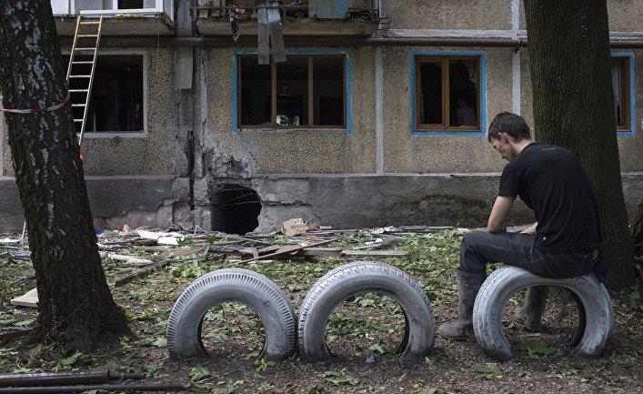 Последствия обстрелов Донецка украинскими силовиками