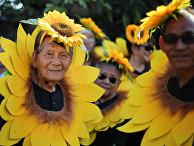 Жители Филиппин во время ежегодного фестиваля «Караколь»