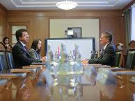 Министр экономики Турции Нихат Зейбекчи и министр экономического развития РФ Алексей Улюкаев