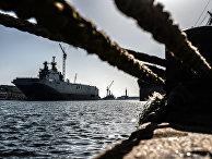 Корабль «Владивосток» класса «Мистраль» в доках компании SNX France