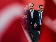 Президент Турции Реджеп Тайип Эрдоган во время митинга его сторонников в Стамбуле