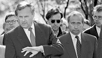 Первый заместитель мэра Санкт-Петербурга Владимир Путин