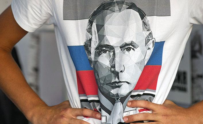 Западным политикам уже пора понять, что они имеют дело с человеком, который мог бы запросто начать мировую войну. Пока Владимир Путин остается у власти в России, мир в Европе невозможен. Являясь самым большим препятствием на пути к миру и при этом основным источником потенциальной войны, Путин стал главной угрозой для российских соседей и для Запада. Но что конкретно им движет?