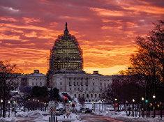 Капитолий в Вашингтоне на рассвете