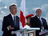 Генеральный секретарь НАТО Йенс Столтенберг и президент Грузии Георгий Маргвелашвили