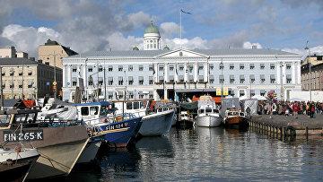 В порту Хельсинки, Финляндия
