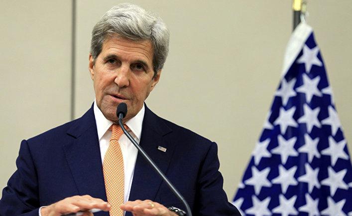 Госсекретарь США Джон Керри во время пресс-конференции