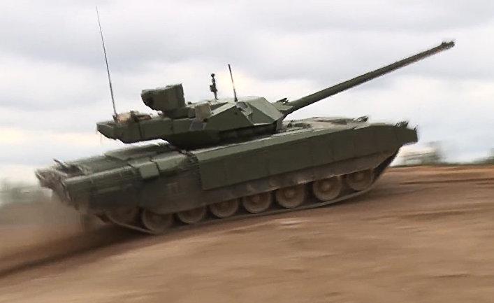 Демонстрация танка Т-14 «Армата»