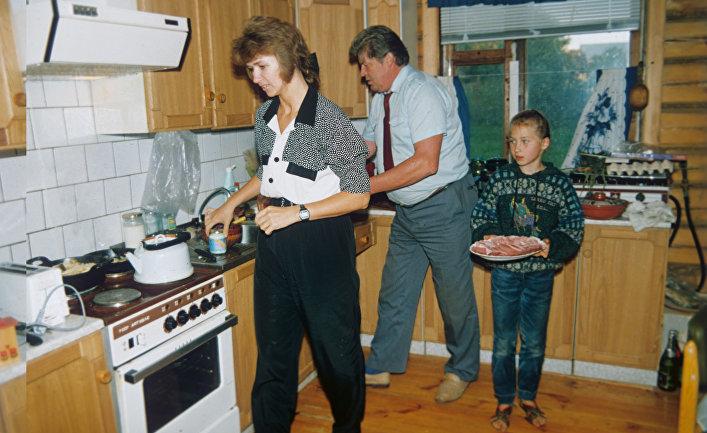 Русская зред лая подруга отдается на кухне фото 28-933