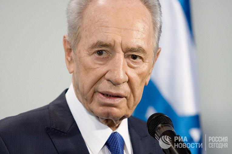 Шимон Перес