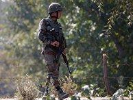 Военнослужащий индийской армии в Сринагаре