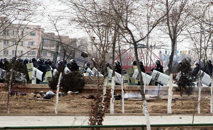 Казахстан: В Жанаозене снова бастуют нефтяники