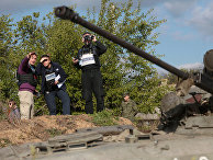 Представители миссии ОБСЕ в селе Петровское