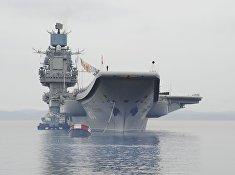 """Российский авианесущий крейсер """"Адмирал Кузнецов"""" в Североморске"""