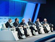 Панелисты третьей сессии «От Ближнего Востока до Центральной Евразии: дуга нестабильности или пространство совместных действий?»